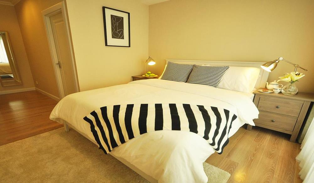 1-Bed Apartment At National Stadium Bts Station 02