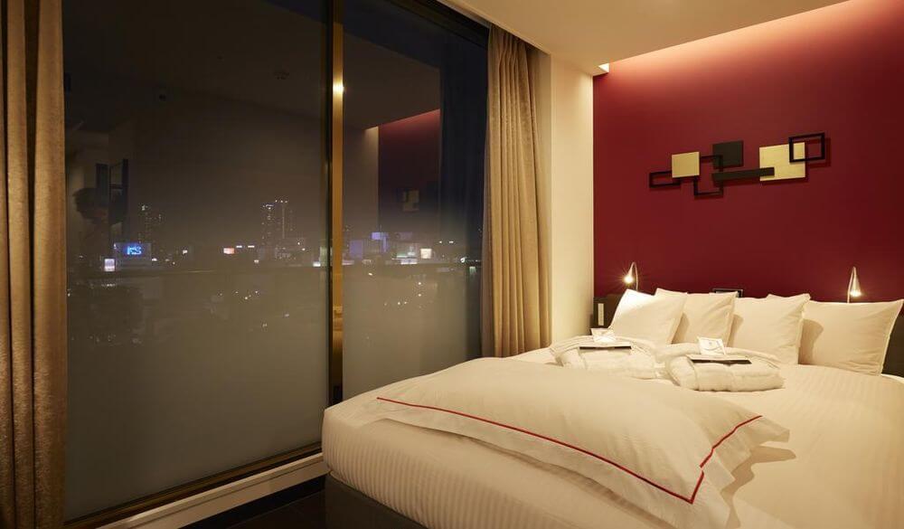 紅屋頂加級大阪難波飯店