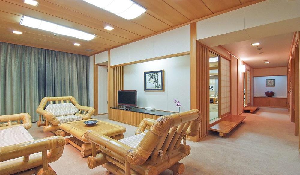 麗山海景皇宮渡假酒店谷茶灣