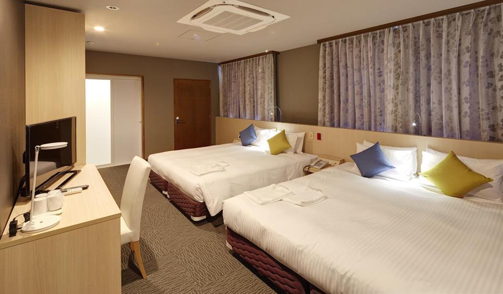 阿札特飯店
