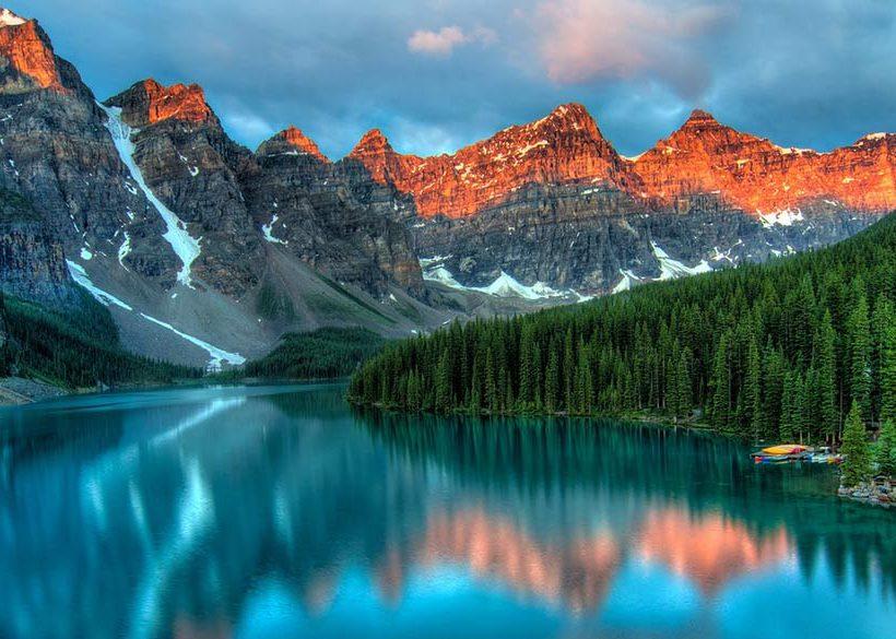 【加拿大景點】 露易絲湖的絕世之美,乘著小船划進夢一般的碧綠仙境