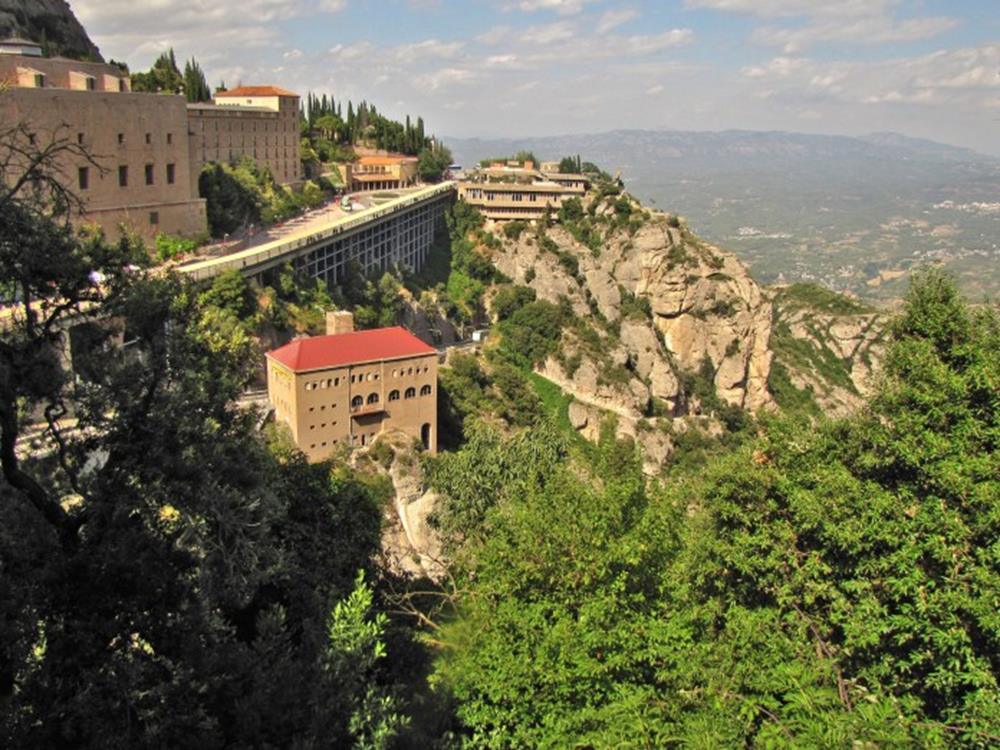 西班牙蒙特塞拉特修道院