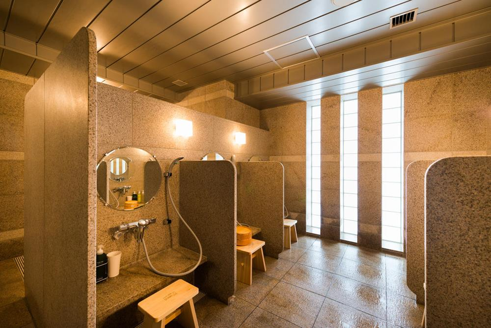 LOHAS東京站八重洲中央口超級酒店