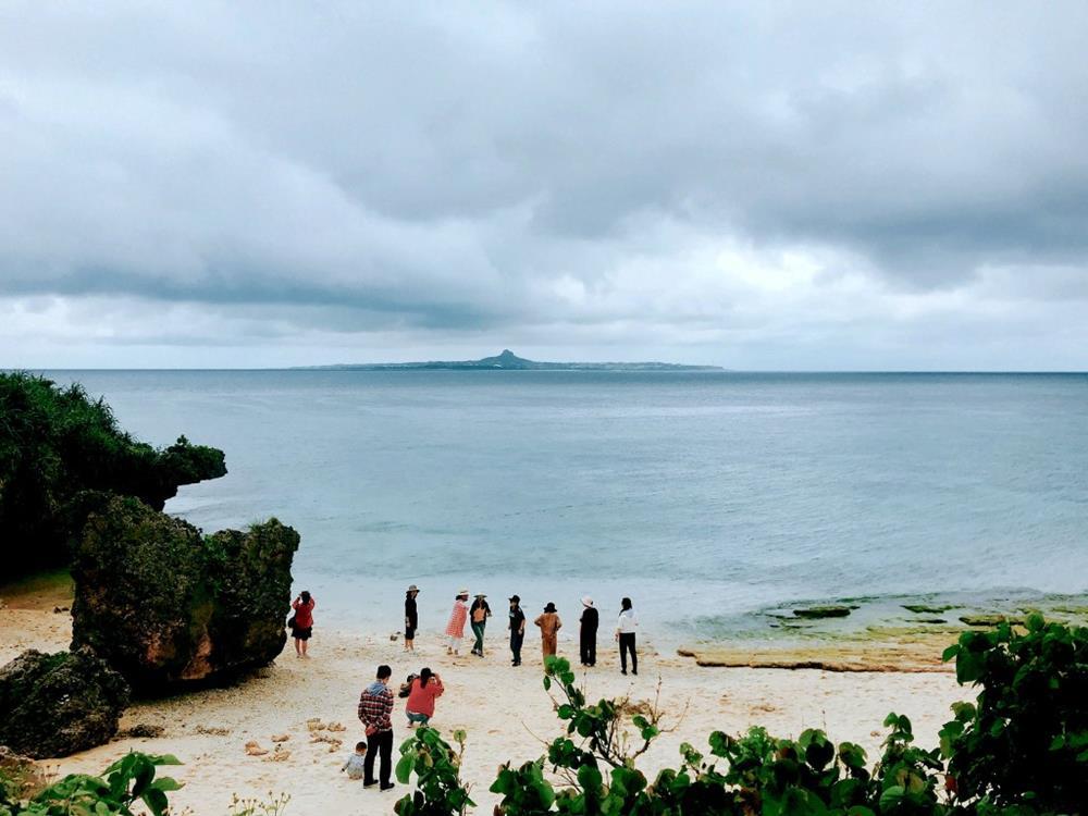 美麗海水族館烏龜沙灘