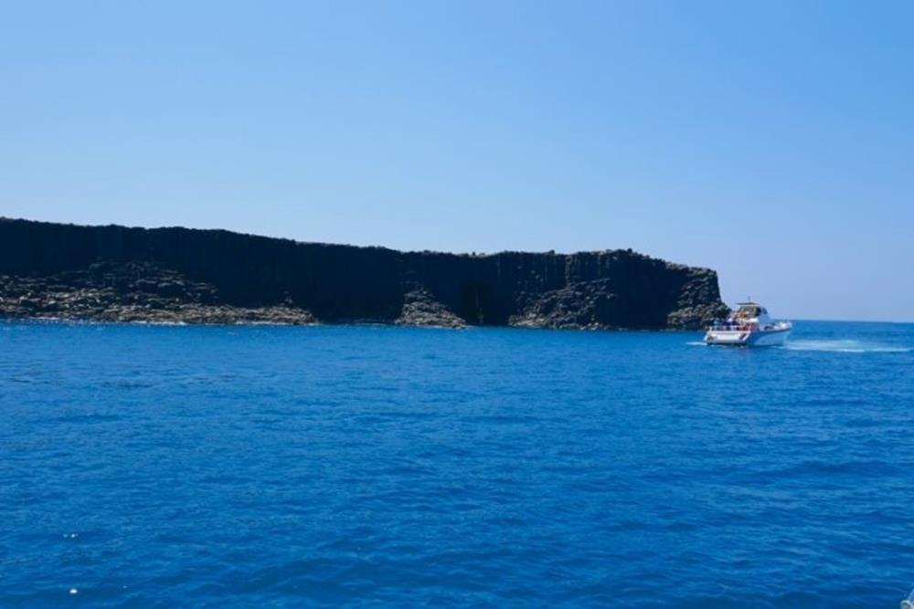 西吉嶼藍洞