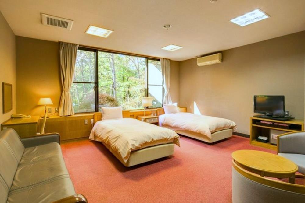富士山-山中湖-秀山莊-西式客房
