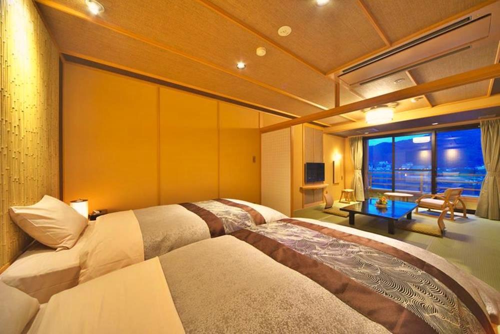 富士山-河口湖-住宿-花之庭-西式客房
