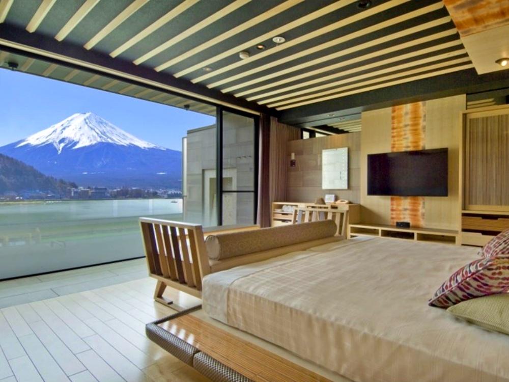 富士山-河口湖-住宿-風之露台庫庫那-天空的露台