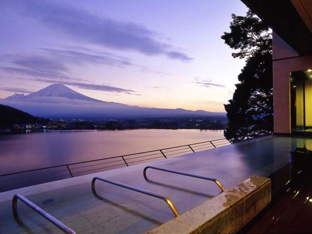 富士山-河口湖-住宿-風之露台庫庫那-風景