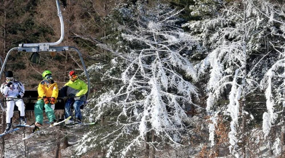 韓國-熊城滑雪場-滑雪纜車