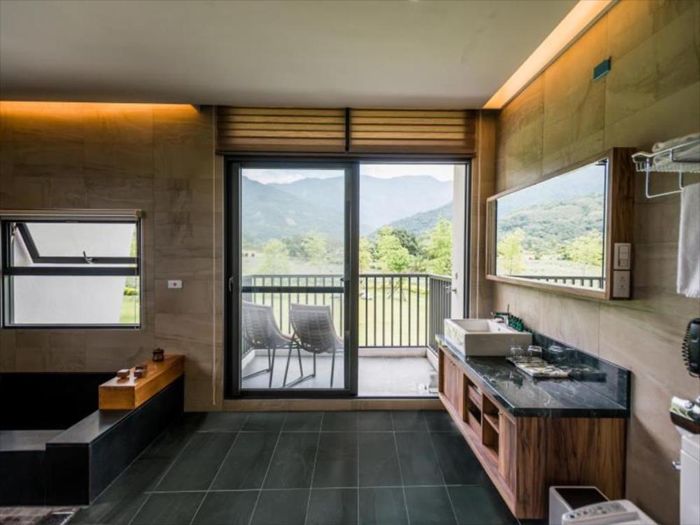 花蓮-瑞穗-溫泉-松邑莊園-浴室