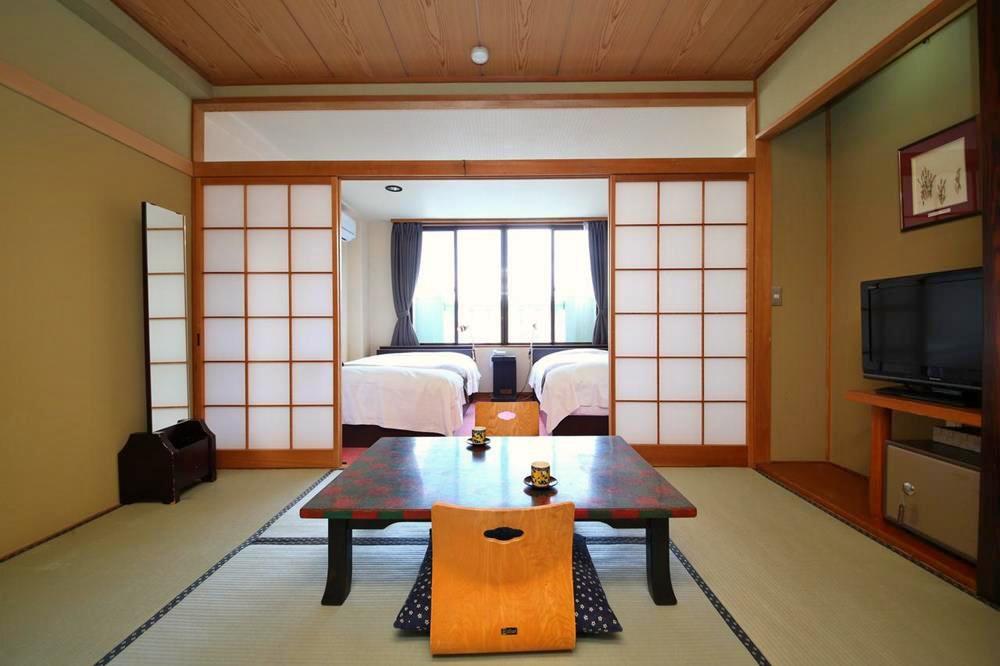 富士山-西湖-住宿-足和田-日式客房