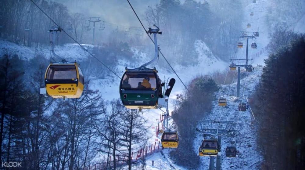 韓國-鳳凰平昌滑雪場-滑雪纜車