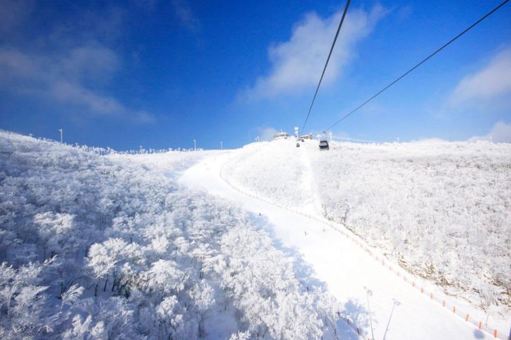 韓國-HIGH-ONE-滑雪場-滑雪纜車