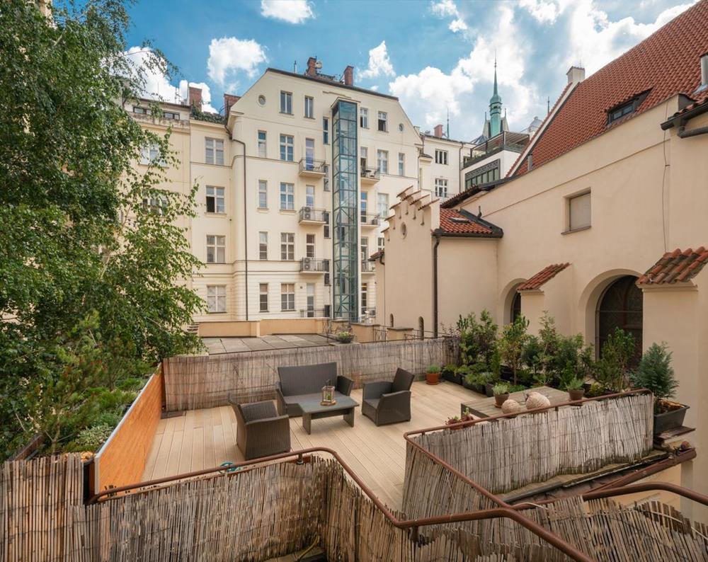 布拉格-住宿-布拉格莫迪凱十二酒店-露台