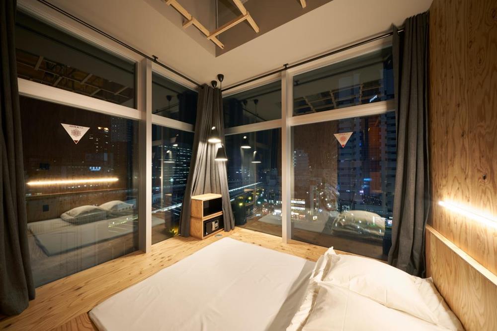 東京-特色-青年旅館-book-and-bed-tokyo-shinjuku