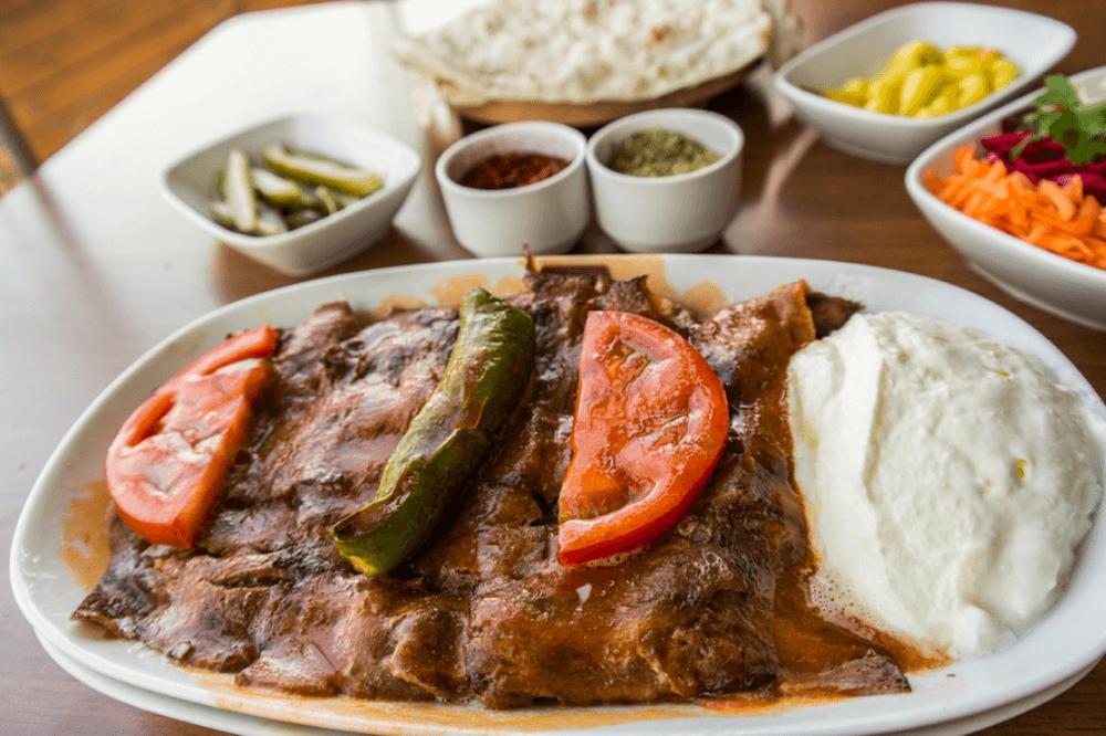 土耳其美食-優格蕃茄烤肉