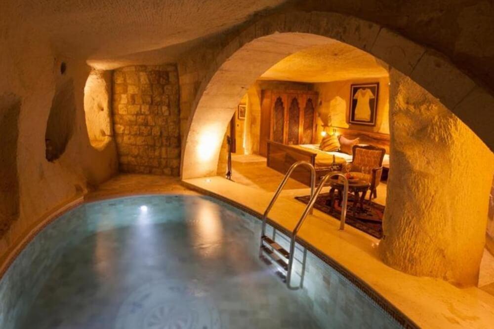 卡亞卡皮高級帕多西亞洞窟酒店—耳古樸-洞穴泳池套房
