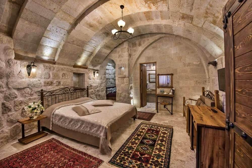 卡帕多奇亞飯店-阿伊迪尼爾岩洞酒店—內夫瑟希爾-雙石間