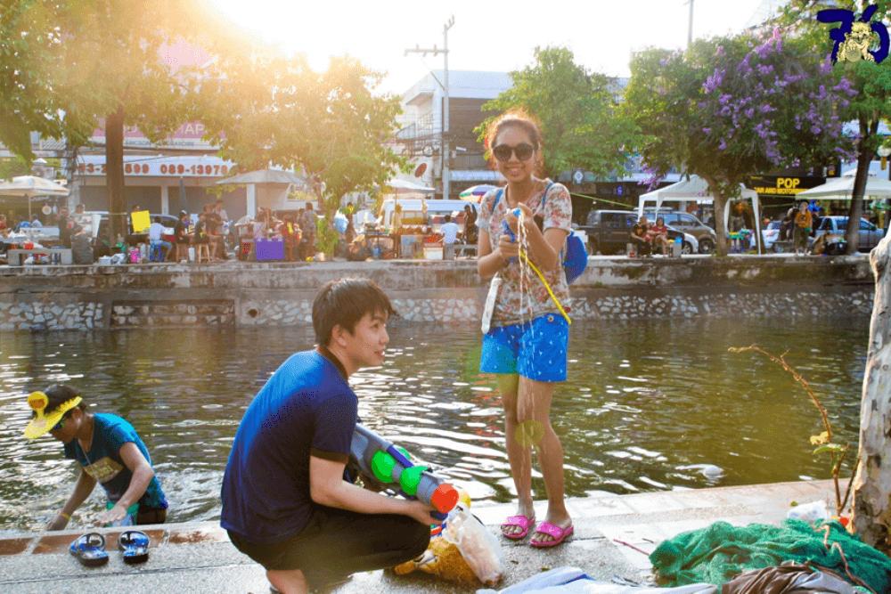 泰國潑水節穿著