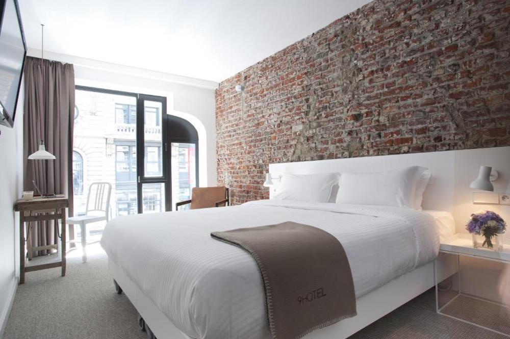 布魯塞爾-住宿推薦-9號中央酒店-豪華雙人房