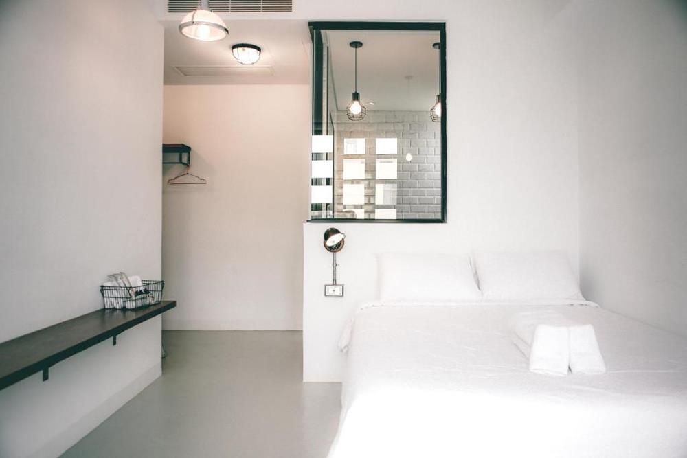 情侶住宿-台南-向光旅行-大型雙人房