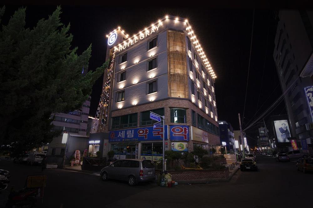 鎮海櫻花-周邊住宿-灰色飯店