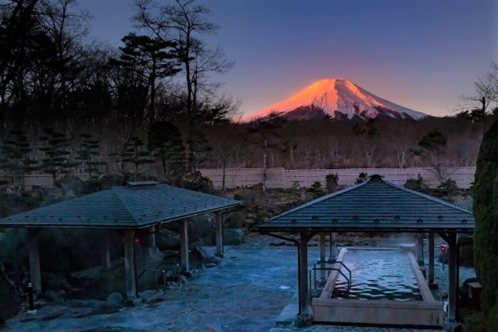 富士山-景點-紅富士之湯