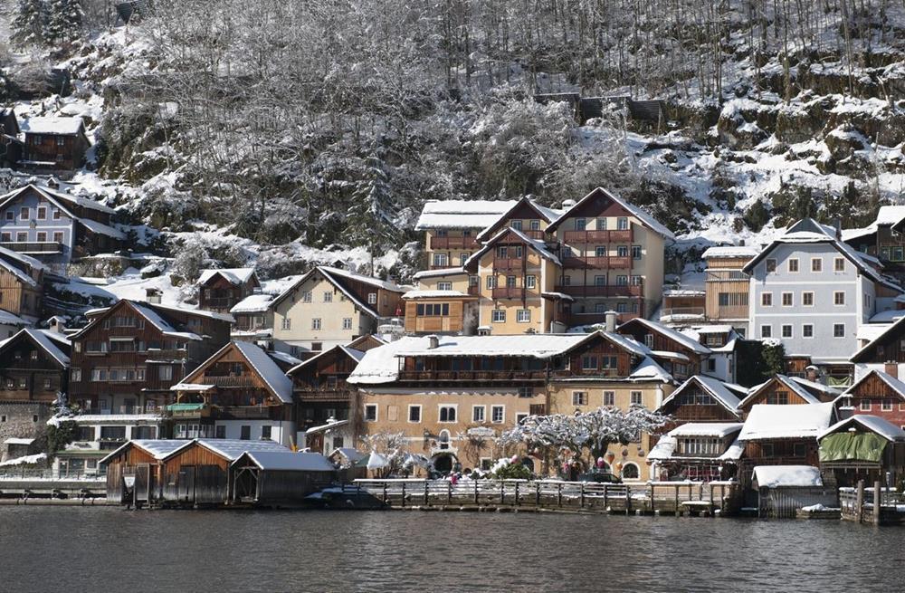 奧地利哈修塔特住宿-哈爾施塔特歷史酒店-冬天