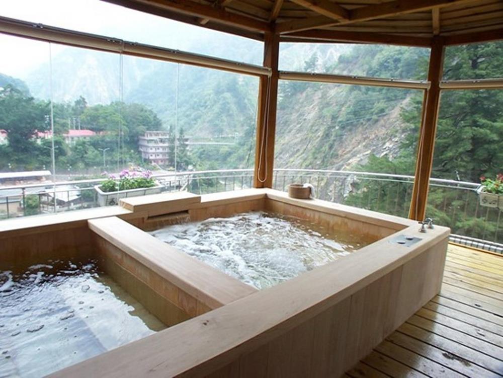 谷關溫泉住宿-神木谷假期大飯店
