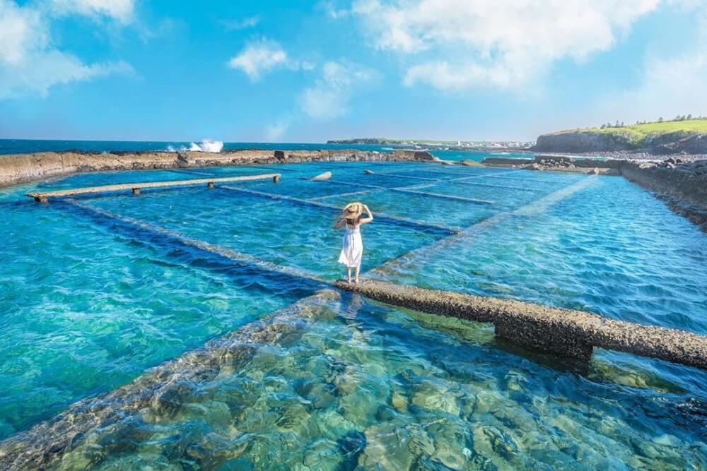 澎湖景點2020-池西岩瀑九孔瀑布