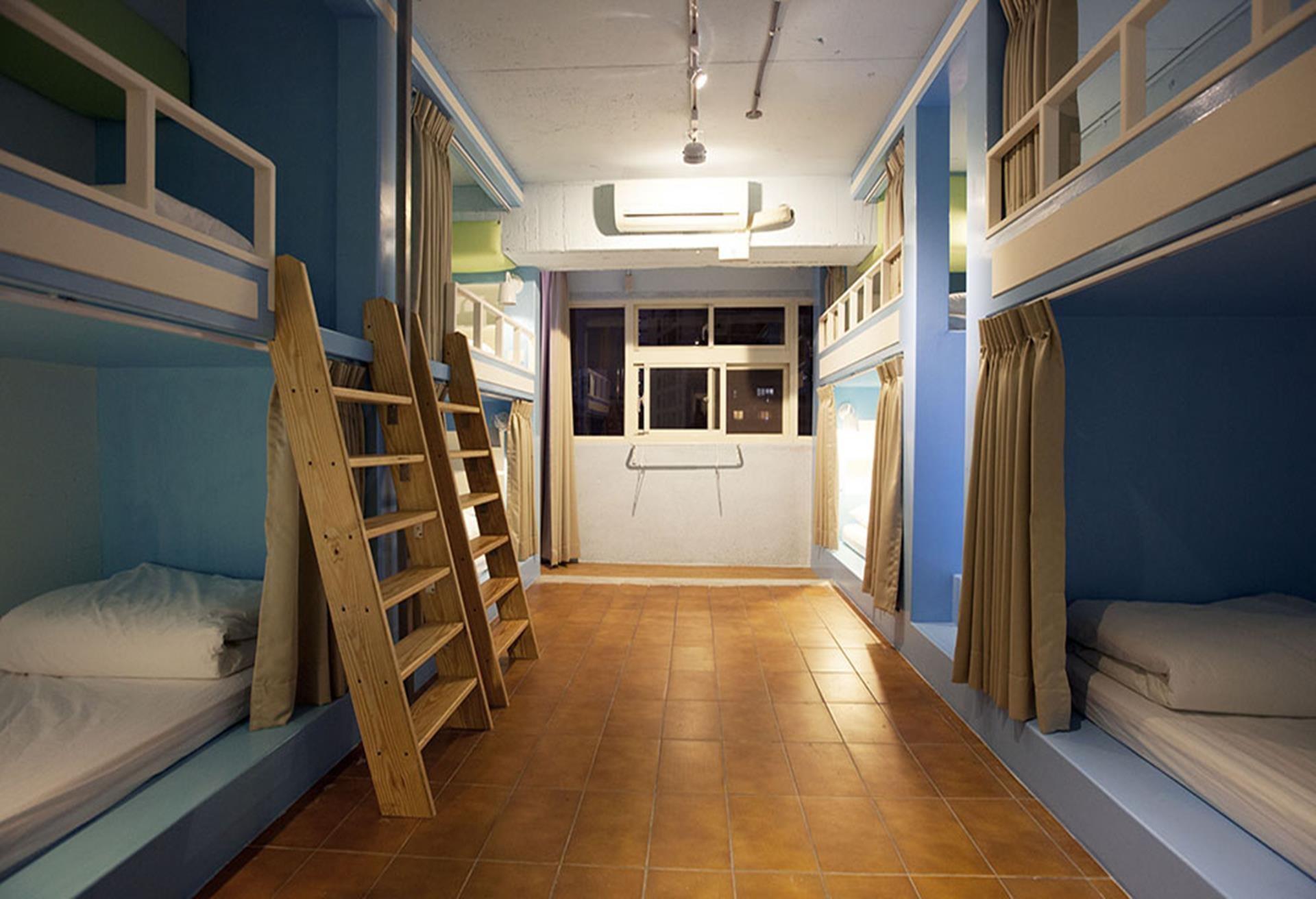 龍蝦先生的秘密巢穴 青年旅館台北車站店