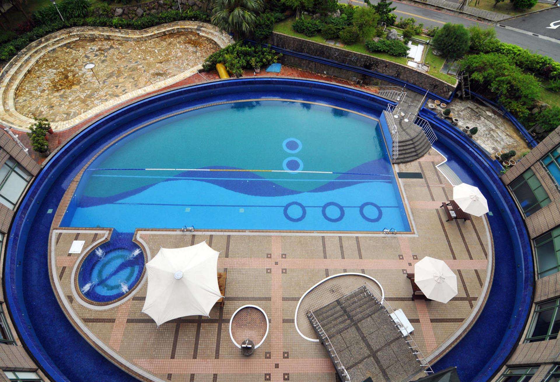 台北親子飯店推薦 - 陽明山天籟渡假酒店有豐富的水上休閒設施