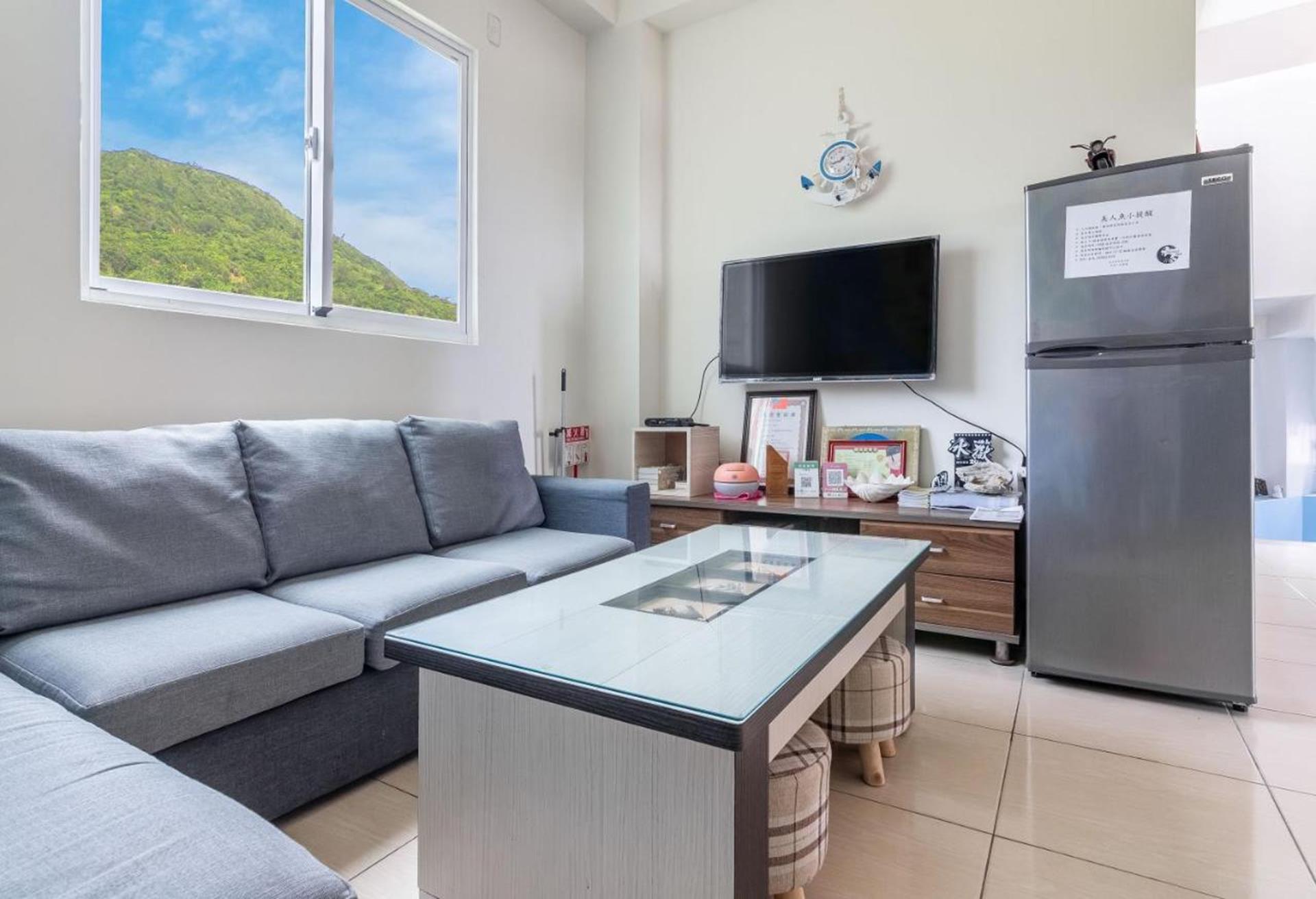 綠島海景民宿推薦 - 美人魚民宿如家一般舒適的公用客廳