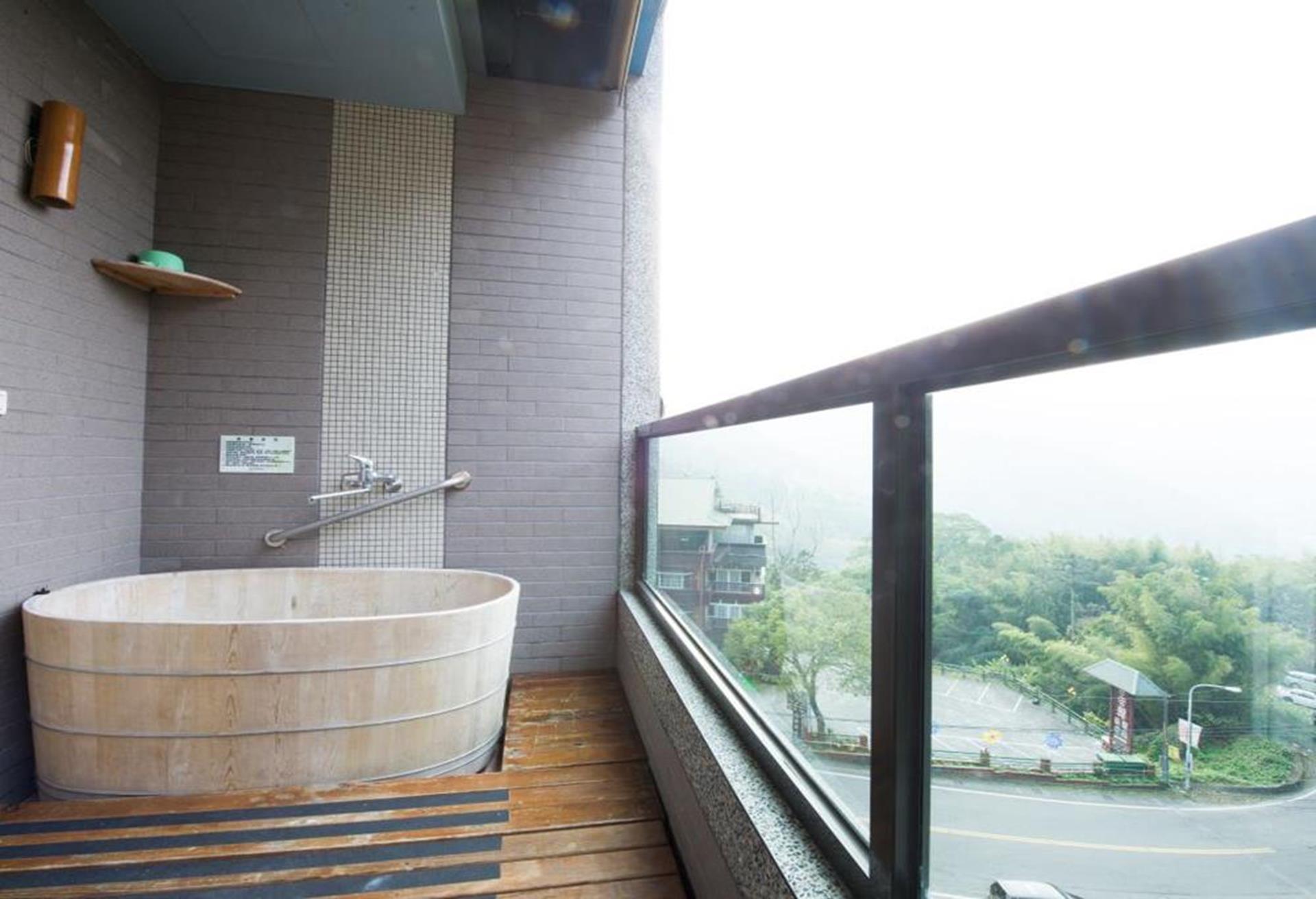 溪頭渡假飯店推薦 - 夏緹飯店房間陽台