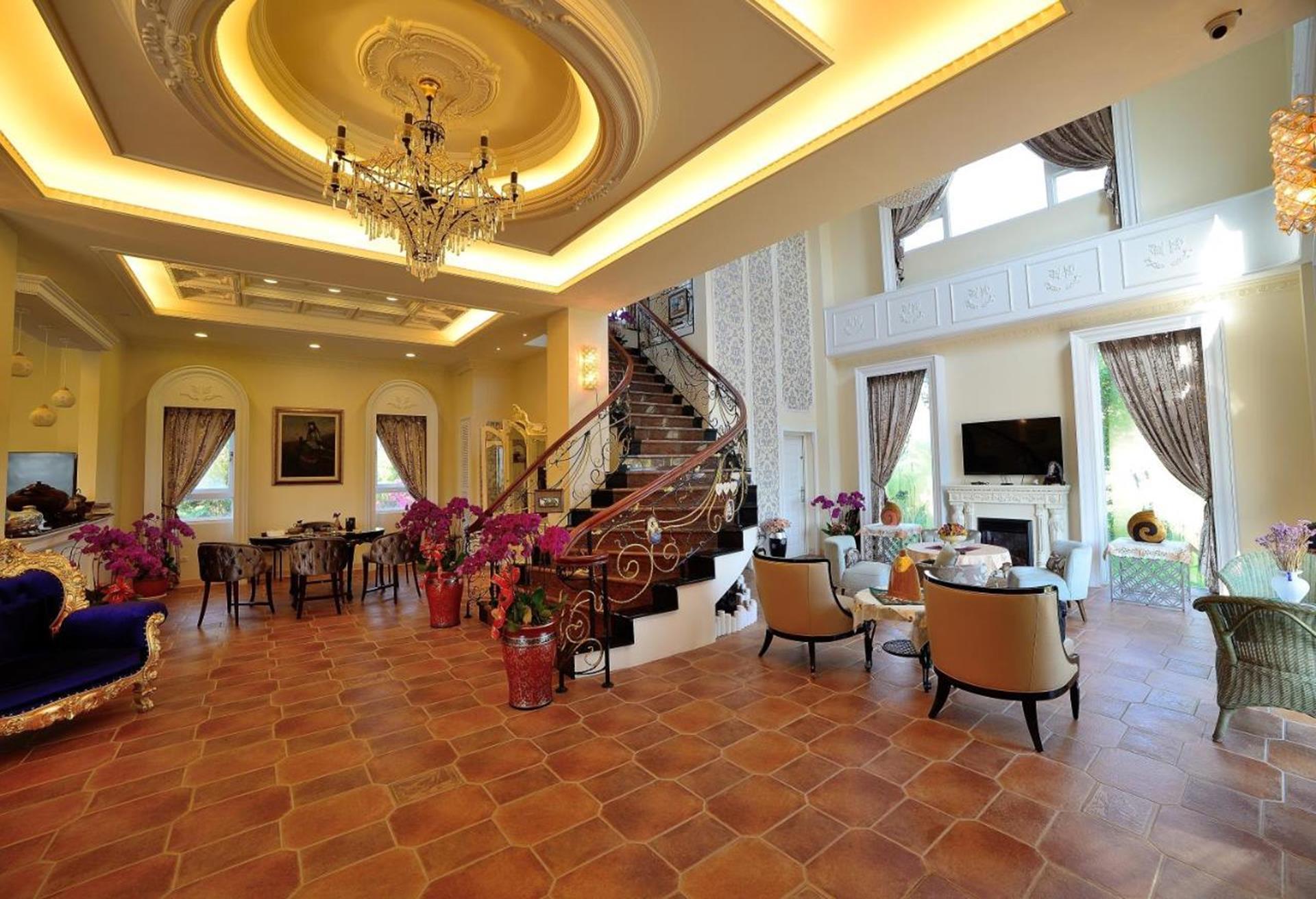 溪頭渡假飯店推薦 - 維多麗亞玫瑰莊園公共場域
