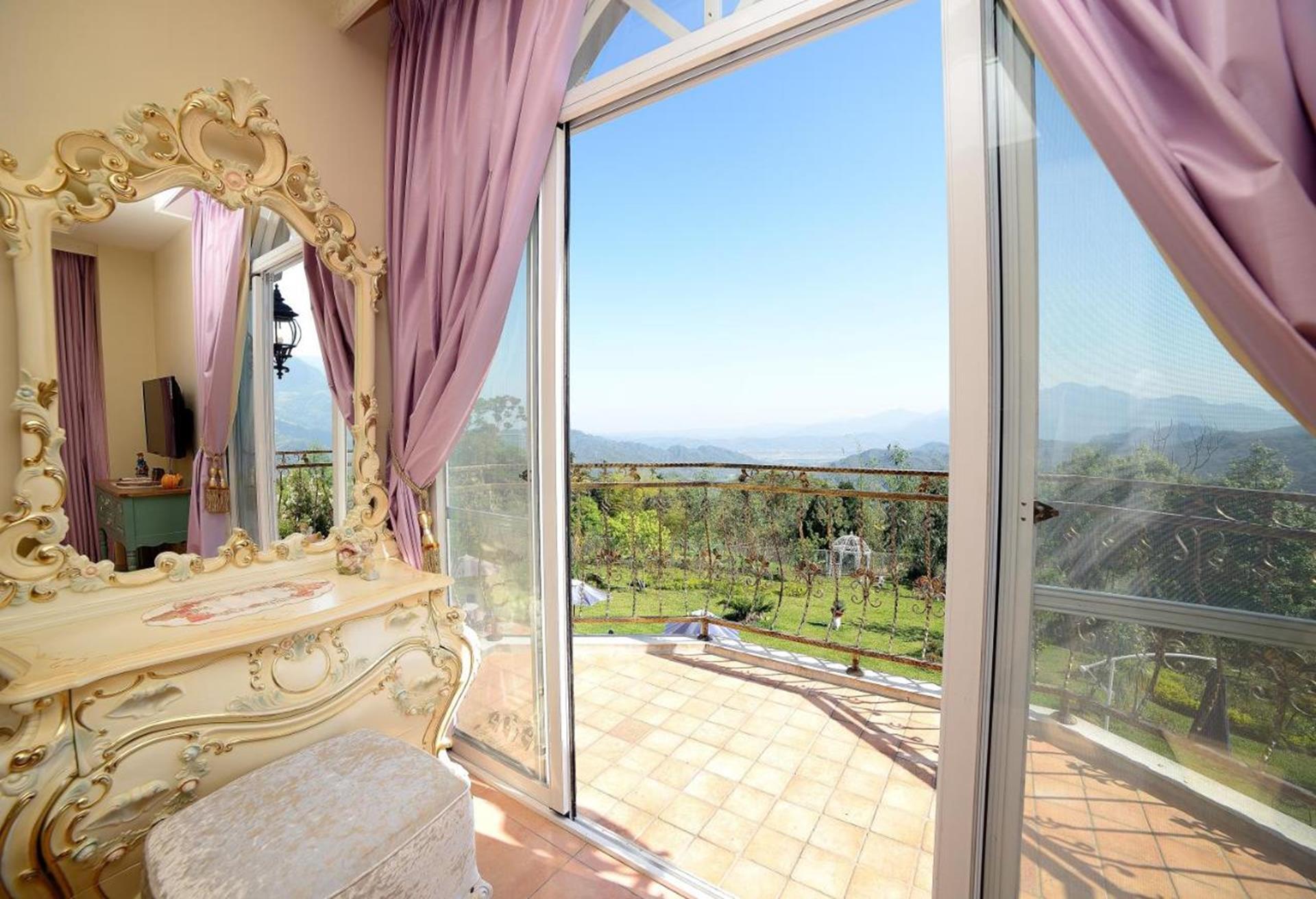 溪頭渡假飯店推薦 - 維多麗亞玫瑰莊園房間露台