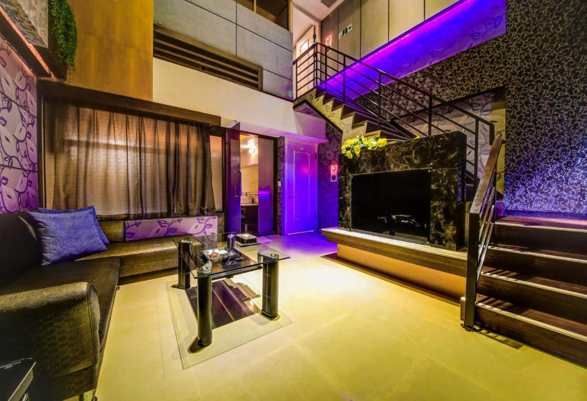 台南汽車旅館推薦 - 溫莎堡汽車旅館仁德的溫莎套房(B)