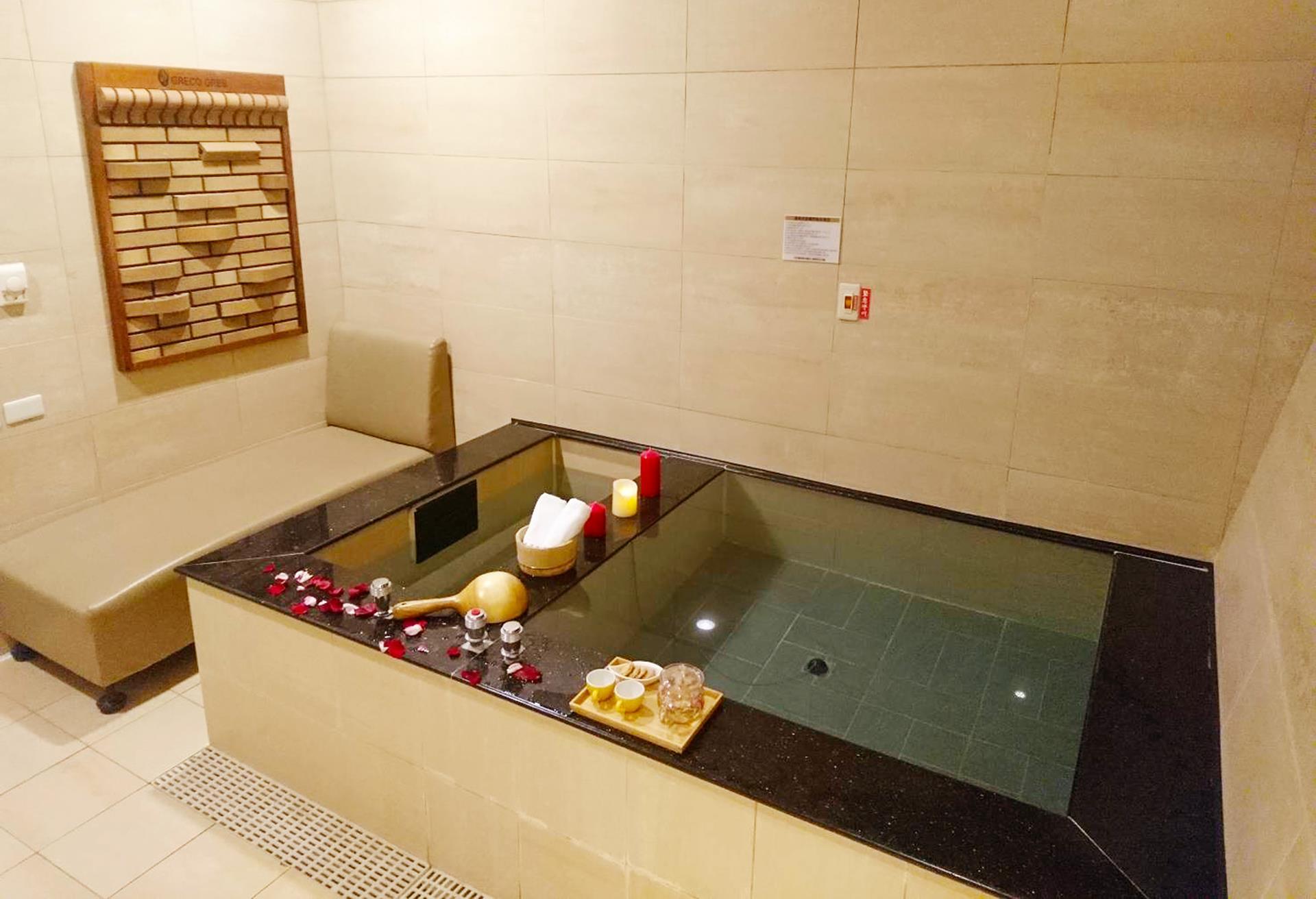 烏來水岸溫泉館,烏來溫泉飯店推薦,烏來溫泉飯店,烏來溫泉旅館
