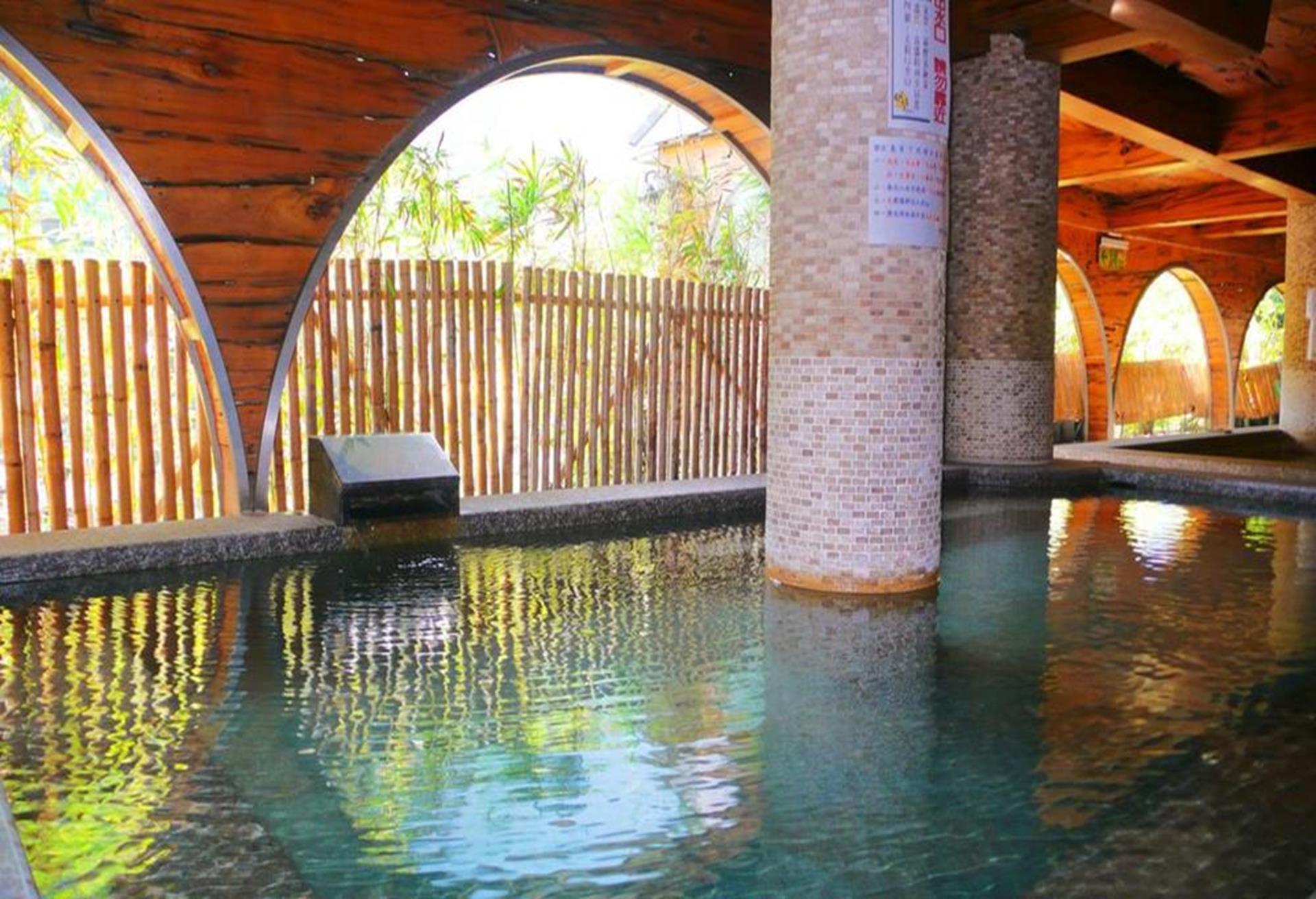 明月溫泉會館,烏來溫泉飯店推薦,烏來溫泉飯店,烏來溫泉旅館